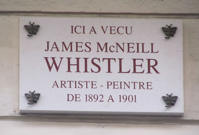 Whistler plaque at 110 Rue du Bac. The corner fixings are in the shape of butterflies. Whistler would no doubt have appreciated that detail, though some of his butterflies which evolved over the years, were more like scorpions which seems appropriate.